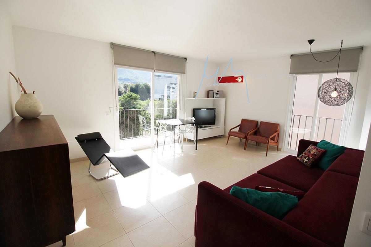 » REBAJADO» Moderno y acogedor piso en pleno centro de soller con terraza y preciosas vistas