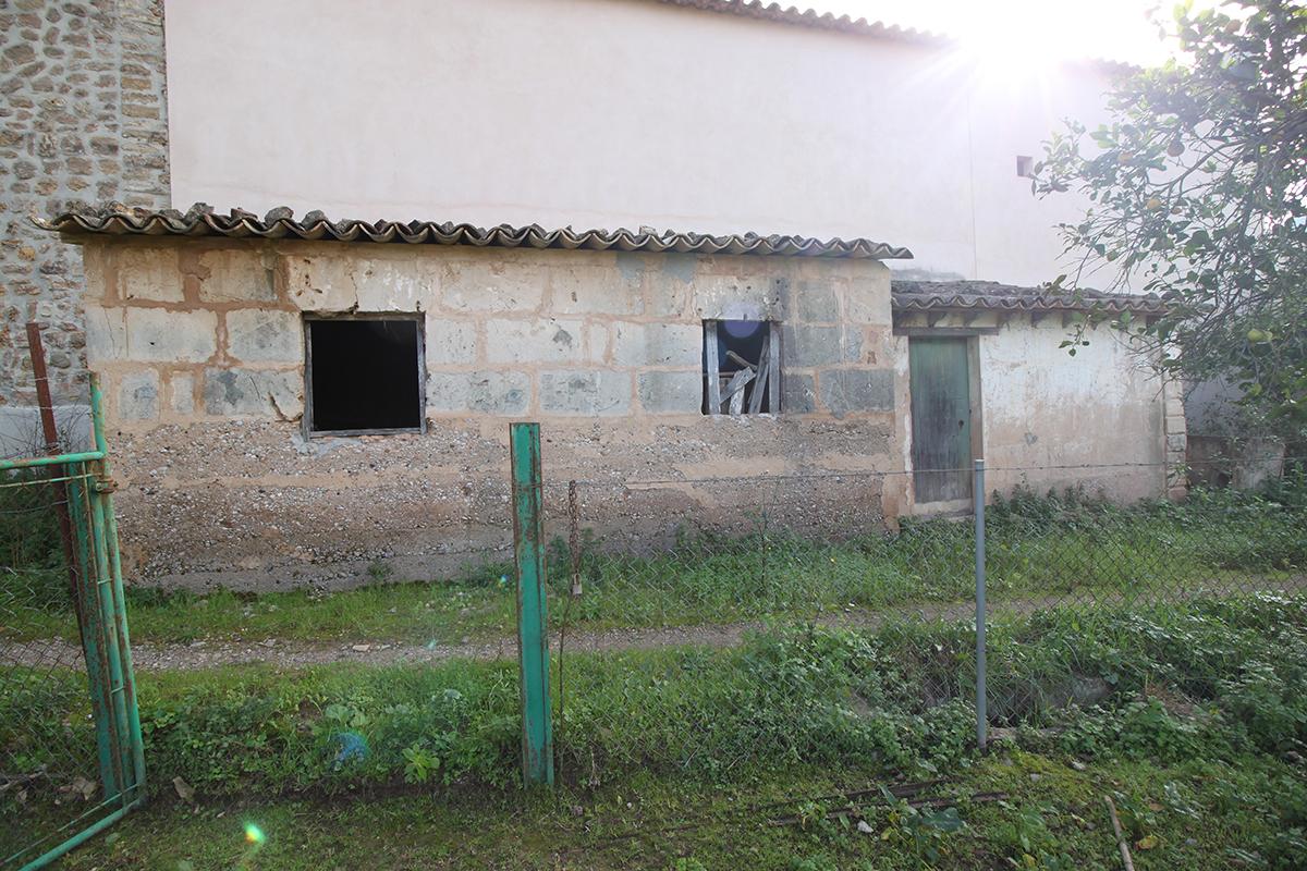 Huerto con casita y agua en propiedad en zona soleada y tranquila de Soller