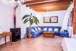 o-charming-mallorquin-style-house-with-swimming-pool-views-in--soller-p01997-24