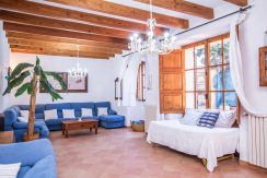 o-charming-mallorquin-style-house-with-swimming-pool-views-in--soller-p01997-25