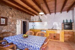 o-charming-mallorquin-style-house-with-swimming-pool-views-in--soller-p01997-28