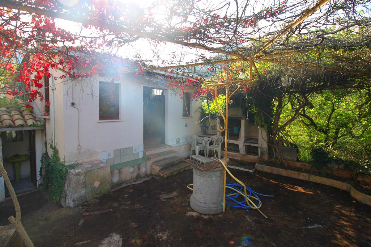 Huerto con casita con agua y electricidad en Soller