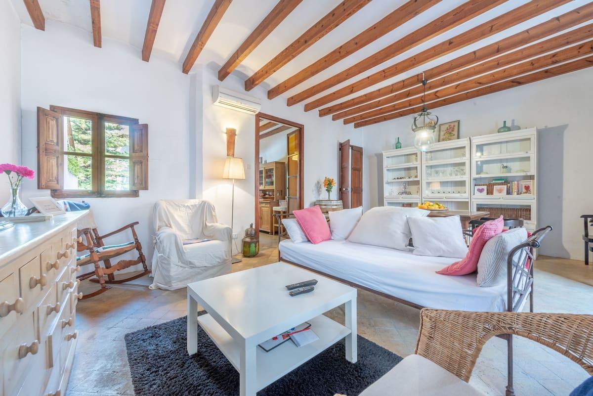 Casa de estilo mallorquín con licencia vacacional en Soller