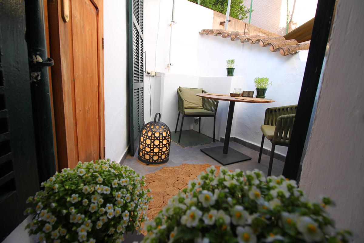 Acogedora casa mallorquina en fornalutx con bonita terraza
