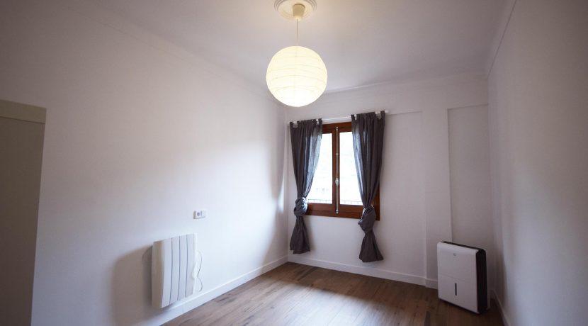 DSC_0011-Bedroom