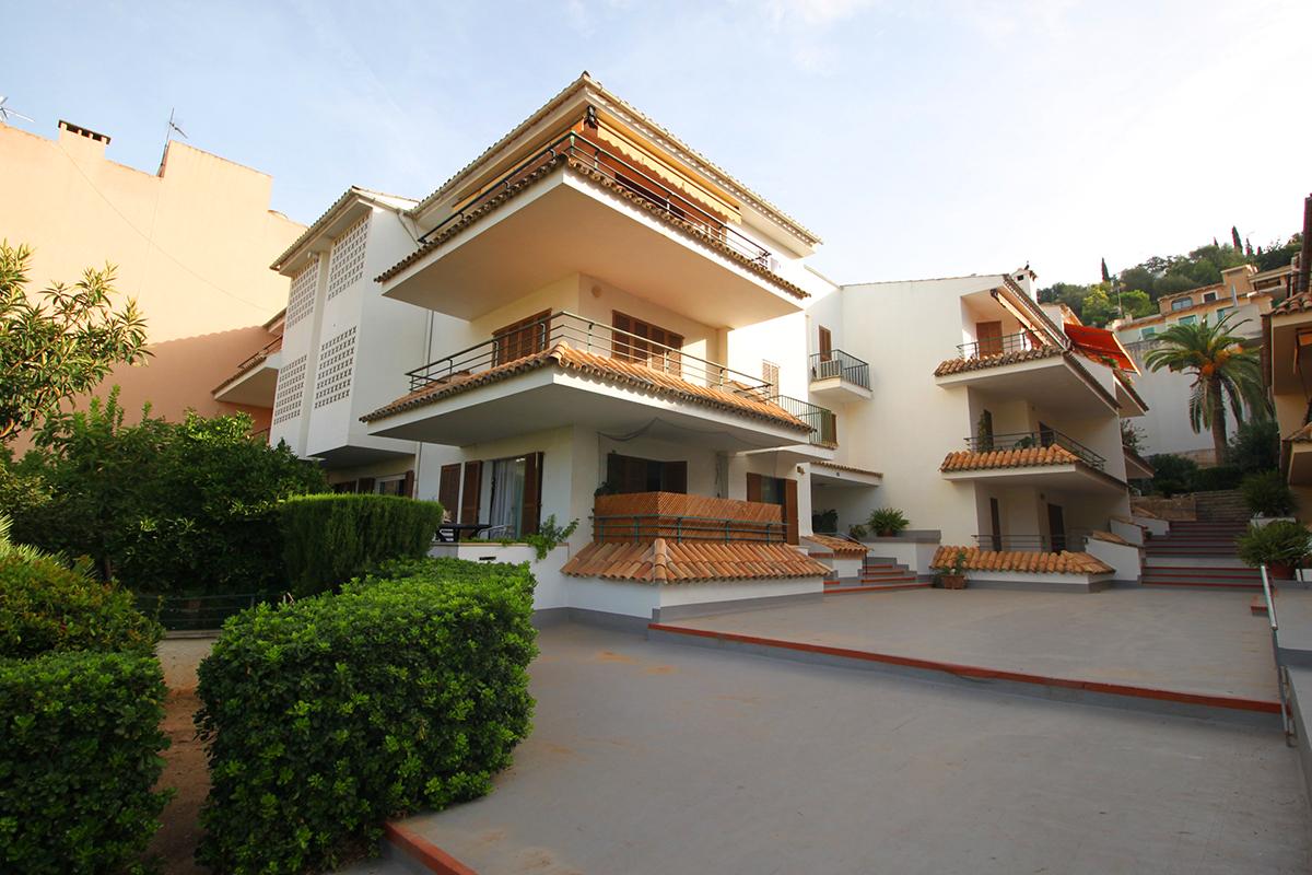 Acogedor y luminoso piso con terraza en pleno centro de Bunyola